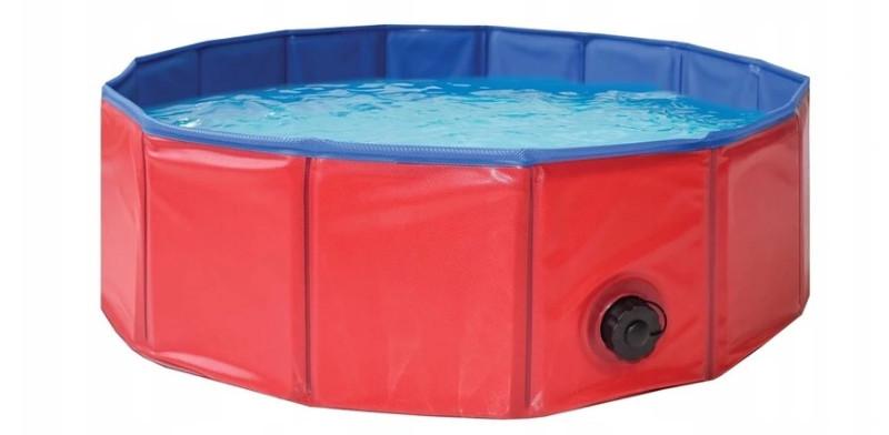 plastikowy basen dla psa